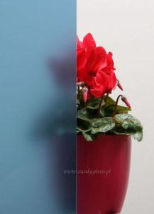 szklo-niebieskie-piaskowane